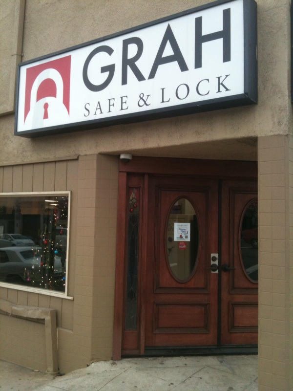 Stop by our locksmith shop at 939 University Ave, Suite 100 San Diego, CA 92103